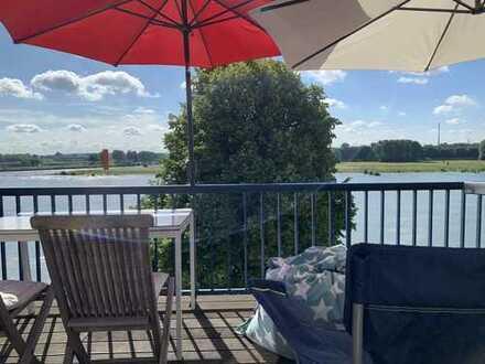 Rheinblick! Erste Reihe! Duisburgs wohl schönste & ruhigste DG-Maisonette Wohnung!