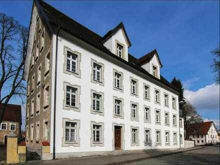 Wohnen oder Kapital anlegen im Denkmalobjekt. Wohnunsgrößen von 45qm - 110qm. 144.000 € - 324.780 €