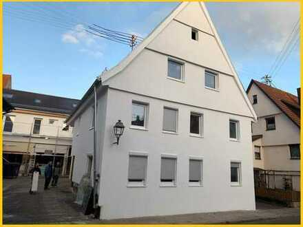 Kernsanierung: 4 - 5 Zimmer Wohnung in Weil der Stadt (Merklingen)