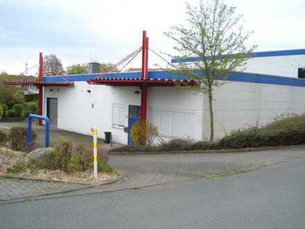 Lagerhalle mit Büro und Sozialräumen im Industriegebiet von Bielefeld-Hillegossen!