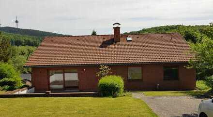 Großzügiges, gepflegtes 1-2 Familienhaus in Feldrandlage in Sibbesse OT Petze