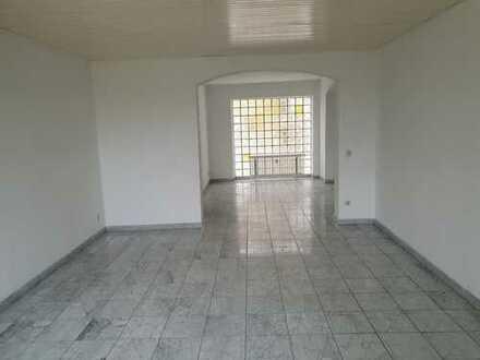 Sanierte 3-Zimmer Wohnung, komplett Marmorboden, 95m² in Bergheim