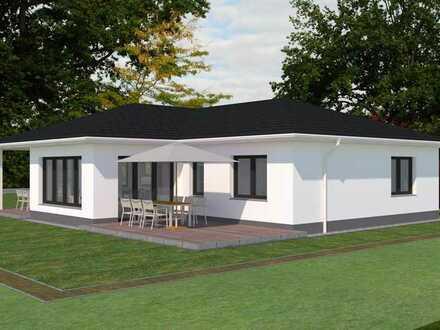 Moderner Bungalow mit überdachter Terrasse