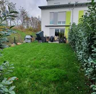 Großzügiges Reihenendhaus mit eigenem Garten