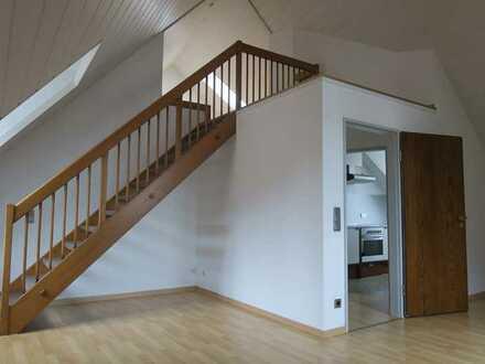 Gepflegte 3,5-Zimmer-DG-Wohnung mit EBK in Eichstätt