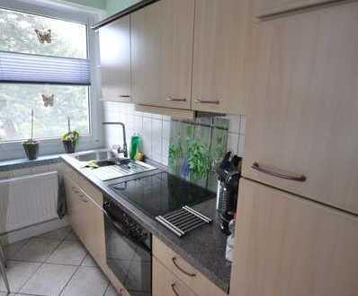 # Einbauküche # Garage # 3-Raum Wohnung mit in gepflegtem Wohnumfeld