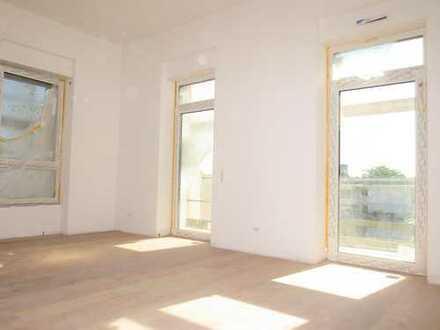 Sanierte 3-Zimmer-Altbauwohnung im EG mit Terrasse und 2 Bädern in Offenbachs bester Lage