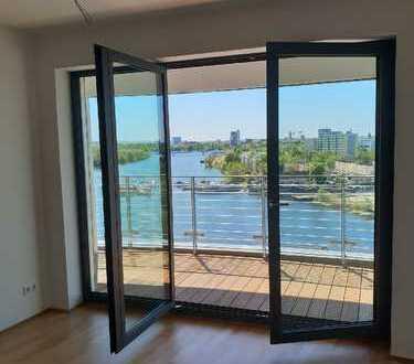 Erstbezug mit Einbauküche und Balkon: ansprechende 2-Zimmer-Wohnung in Spandau, Berlin
