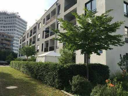 Großzügige ca. 92 qm - 3 Zimmer Wohnung mit 2 Balkonen.