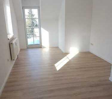 Neu sanierte 2-Zi.-Maisonettewohnung modern geschnitten mit Balkon