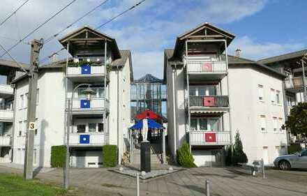 FREI! Souterrainwohnung mit drei Zimmern, Terrasse und TG-Stellplatz in Blankenloch