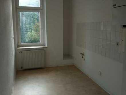 Helle 3 - Raum-Wohnung mit Küche und Bad