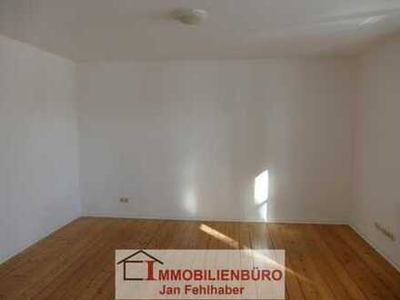 Frisch renoviert: Große 1-Zimmer-Wohnung mit Einbauküche in Zinnowitz