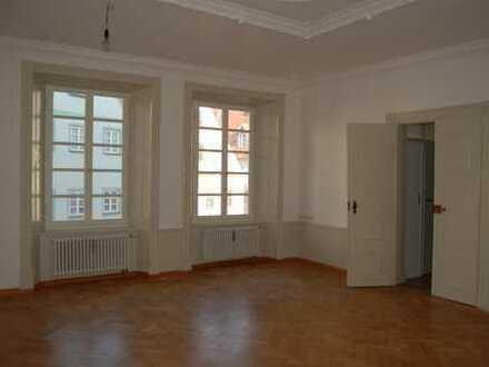 Vollständig renovierte 2-Zimmer-Wohnung mit EBK in Neuburg an der Donau