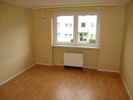 Günstig wohnen und kräftig sparen - Geräumige 3-Zimmer-Wohnung zu vermieten!