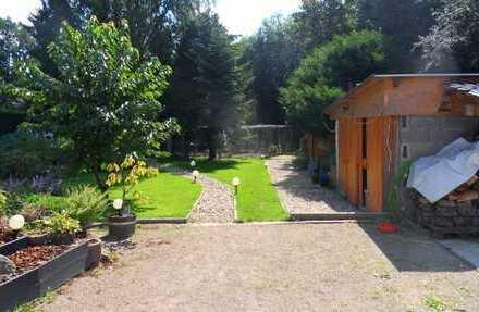 Neuwertige 4-Zimmer-Maisonette-Wohnung mit Terrasse, Garten und EBK in Dortmund