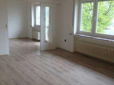 Gepflegte 4-Raum-Wohnung zzgl. Küche und Bad mit Balkon in Attendorn-Ennest