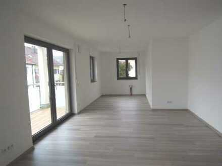 ERSTBEZUG - hochwertige moderne 3 ZKB Wohnung mit sonnigem Balkon in Beilngries