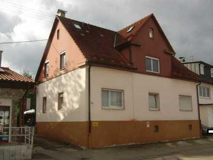 Älteres Zweifamilienhaus mit großzügigem Wohnraum in GD Lindach!