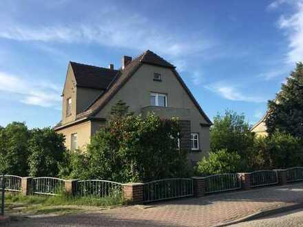 Gemütliche 3-Zimmer-Wohnung im Zweifamilienhaus mit Garten und Garage