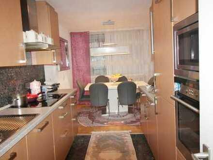 4,5-Zimmer-Wohnung mit Garage in Sindelfingen