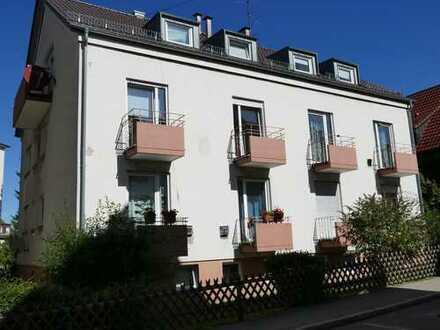 Stuttgart-Degerloch (Haigst) 3 Zimmer mit EBK und 2 kleine Balkone