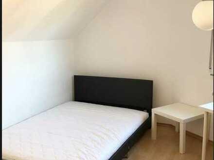 Wunderschönes möbliertes Zimmer in Leonberg