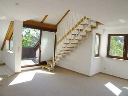 Schöne 3 Zimmer Maisonette-Wohnung mit Dachloggia in Vaihingen an der Enz