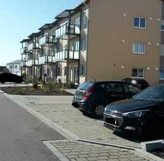 Neuwertige 3-Zimmer-Wohnung mit Einbauküche und Balkon in Wolframs-Eschenbach