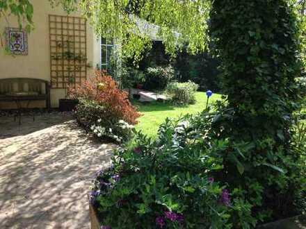 Ihre Gelegenheit in bester Lage Bochums! Großzügiges 2 Familienhaus mit Sonnenterrasse