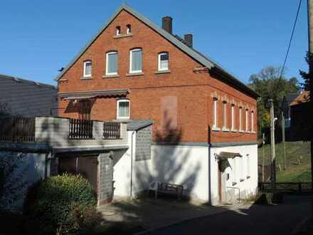 Großes Wohnhaus für KAPITALANLEGER preiswert zu verkaufen***