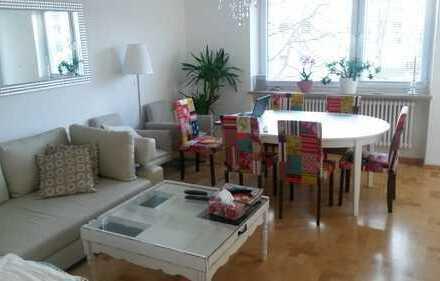 Gepflegte 2-Zimmer-Wohnung mit Loggia, in München Neu Forstenried