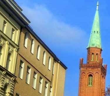 Furnished Flat on Top Floor - Möblierte DG-Loft im gepfl. Altbau nahe Hauptbahnhof und Spree!