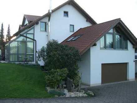 Exclusive, moderne DHH mit Wintergarten, Doppelgarage, ruhig gelegen