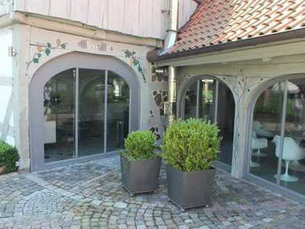 Schönes, geräumiges Haus mit vier Zimmern in Hannover (Kreis), Isernhagen