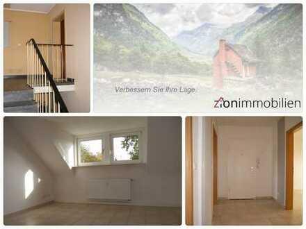 Dachgeschoss-Wohnung in einem gepflegten Haus in Resse...