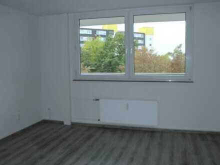 16 m²-Zimmer in 3er-WG, inkl. Einbauküche und Waschmaschine ab 01.12. zu vermieten