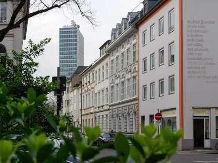 Schöne, geräumige 4 Zimmer Maisonette-Wohnung in Düsseldorf, Carlstadt