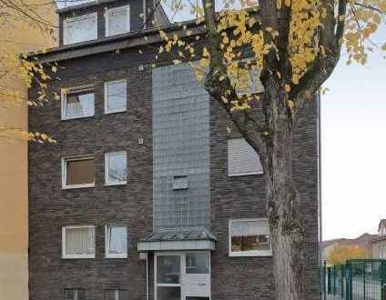 Komfortable Erdgeschosswohnung mit ca. 98 m² Wohnfläche, 2 Zimmern, Balkon und Garten