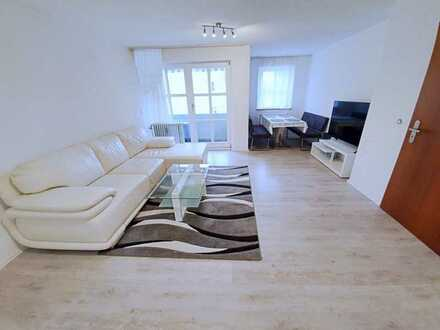 Provisionsfrei! Renovierte 2-Zimmer-Wohnung mit Balkon in Neutraubling! Frei ab sofort!