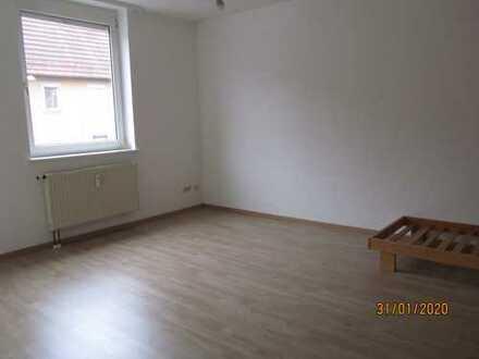 Vollständig renovierte 1-Zimmer-Wohnung mit EBK in Ebhausen