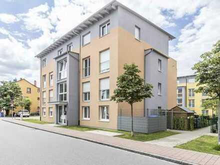 Moderne 3 Zimmer Wohnung mit Gartenanteil