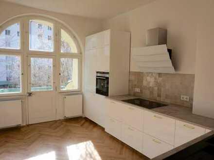 Erstbezug Bestlage Haidhausen: 3-Zi.Altbau-Whg. mit Balkon