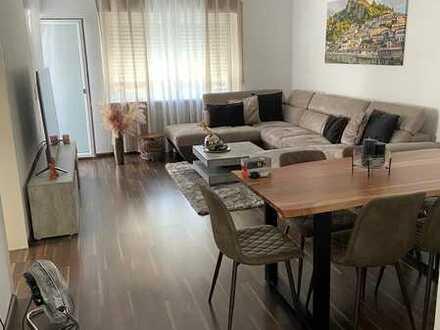 Attraktive 2-Zimmer-Hochparterre-Wohnung mit Balkon und EBK in Rastatt