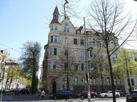Stilvolle Eigentumswohnung im Waldstraßenviertel