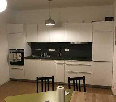 Tolle 3 Zimmer - Wohnung mit Terrasse & Garten, Parkett, EBK, Bad & Gäste WC