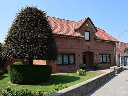 Charmantes Einfamilienhaus mit großer Einliegerwohnung!