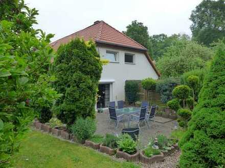 ☆ ☆ ☆ ☆ ☆ Großzügiges Einfamilienhaus mit Einliegerwohnung in Broda, Neubrandenburg ☆ ☆ ☆ ☆ ☆