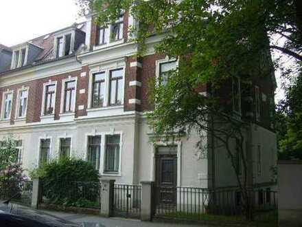 Große ruhige 3-Raum-Wohnung mit Balkon