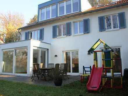 Familienfreundliches Einfamilienhaus in zentrumsnaher Halbhöhenlage von Bad Godesberg
